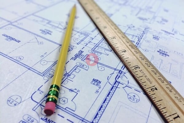Try an easy to use floor plan maker